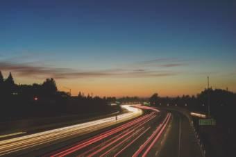 空想の秋。自動運転車が一般的になった未来を考えてみた。