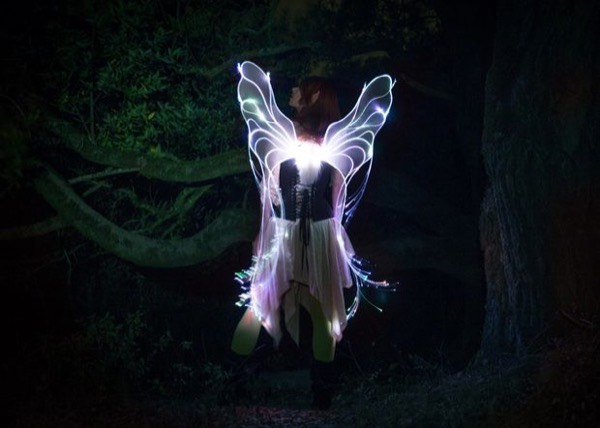 from http://www.instructables.com/id/Fiber-Optic-Fairy-Wings/