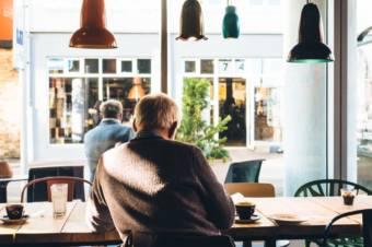 外国人観光客に飲食店を知ってもらうには? お手軽にできるインバウンド対策まとめ