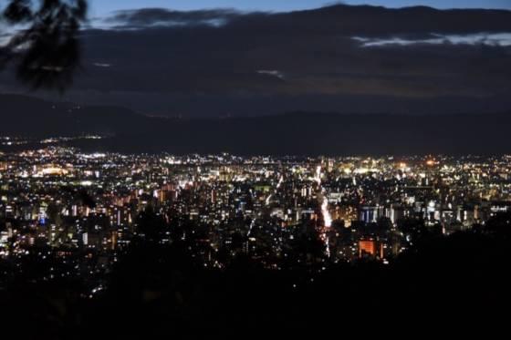 お洒落カフェからバーまで。女性の京都ひとり旅の観光スポットおすすめ12選